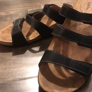 Lightly Worn Taos Sandals